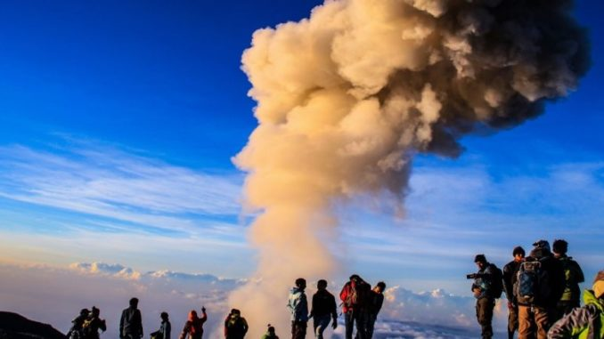 Hiking Volcano Semeru: Trekking adventure of a lifetime